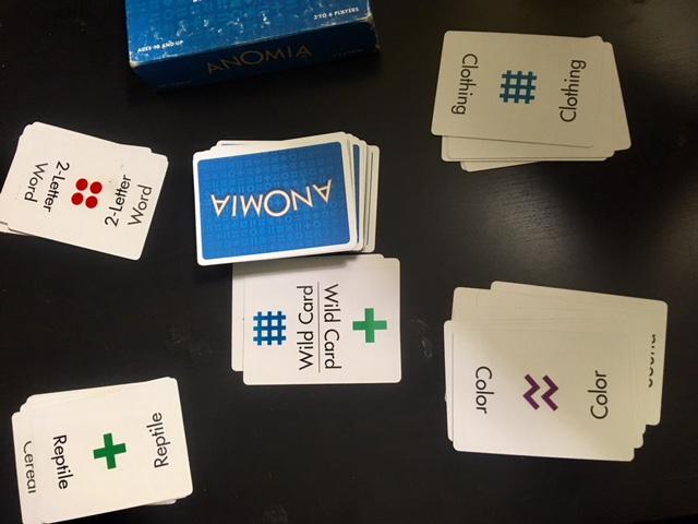 英語学習にも最適おすすめカードゲームANOMIA
