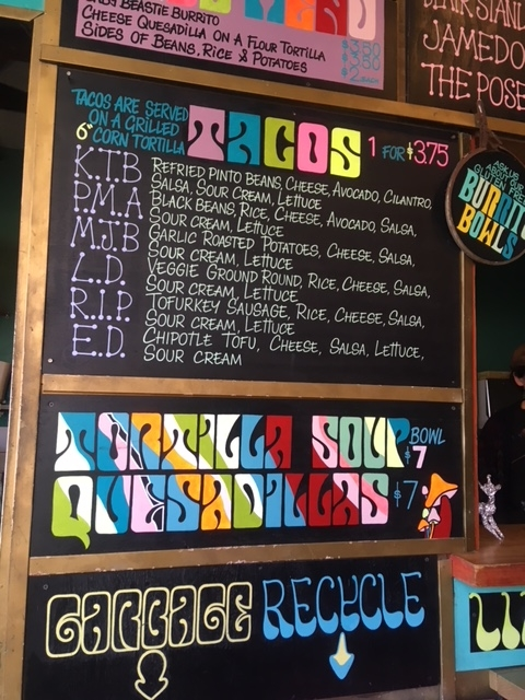 バンクーバーのおすすめブリトー屋さんBudgies Burritosのメニュー
