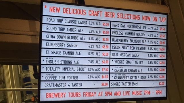 Red Truck Beer Companyバンクーバー飲み屋ビール醸造所