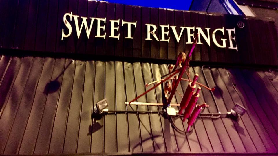 バンクーバーのおすすめ!夜しか開かないスイーツデザートカフェSweet Revenge