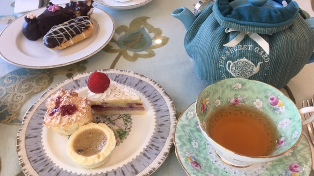 【バンクーバー】Secret Garden Tea Company イベントにも使えるおしゃれなハイティーカフェ