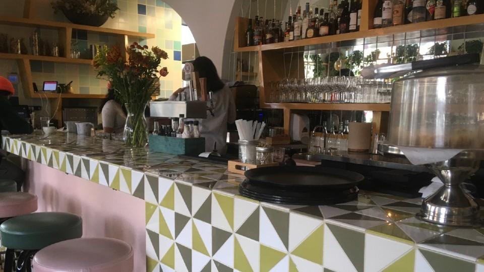 バンクーバーでおすすめのレバノン料理レストランnuba